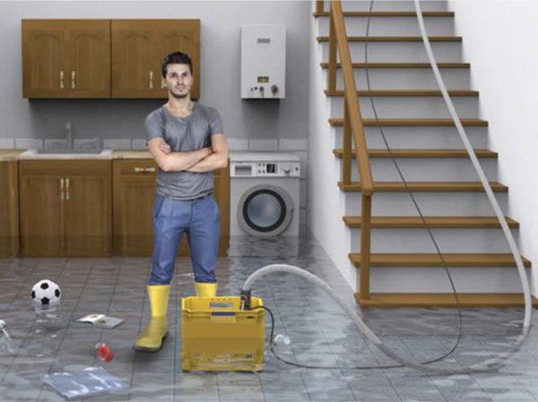 emergenza acqua in cantina garage come svuotarlo